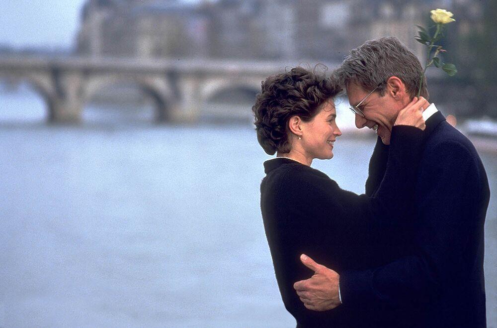 Julia Ormond with Harrison Ford, Paris 1995